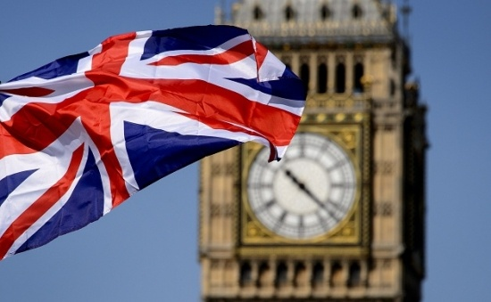 Người di cư có trình độ cao phản đối chính sách visa Vương quốc Anh - visa Anh