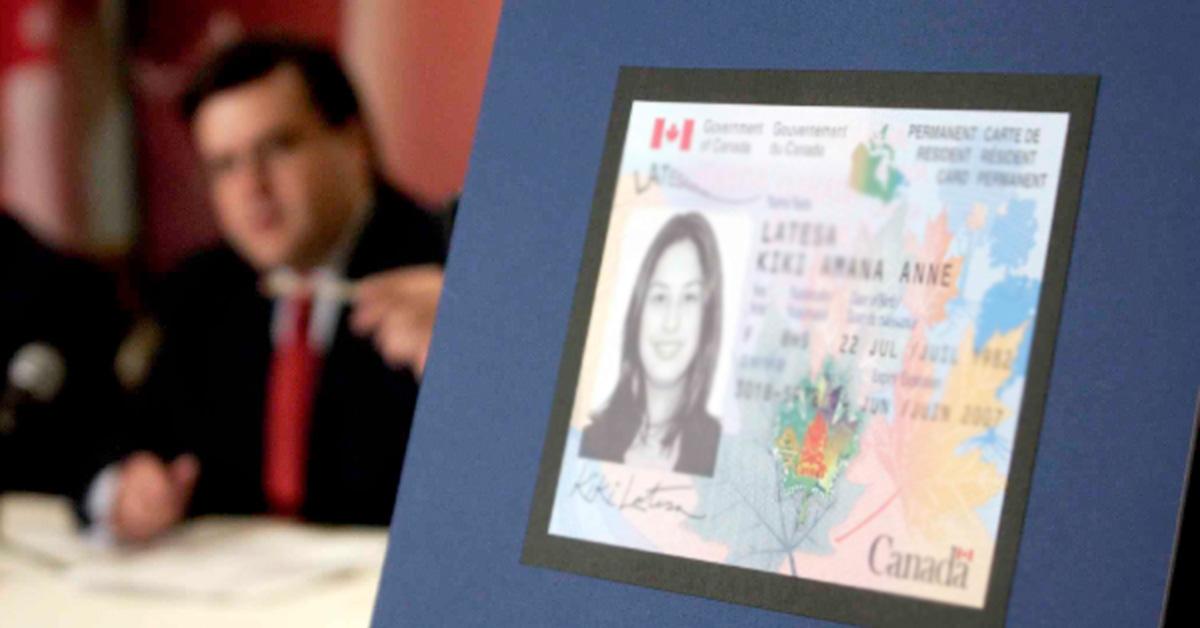 Thẻ Thường Trú Nhân Canada và Bạn