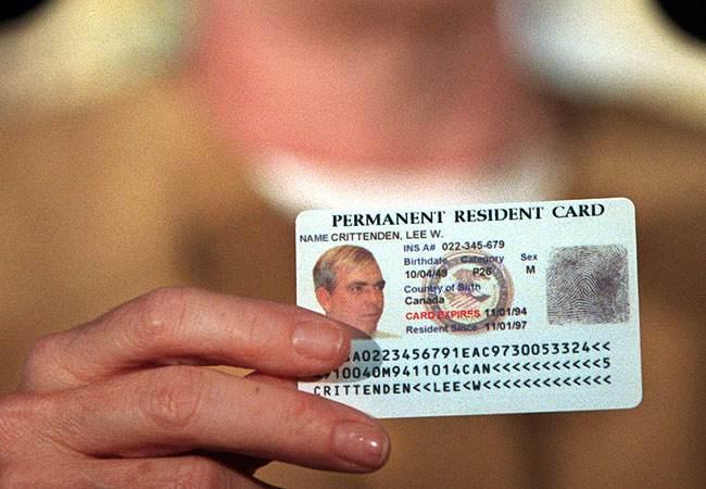 Phí gia hạn thẻ xanh Mỹ